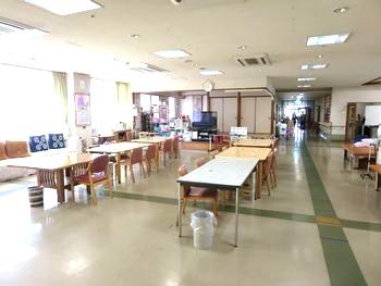 多目的ホール(食堂)